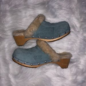 UGG- Baby blue clogs/mules